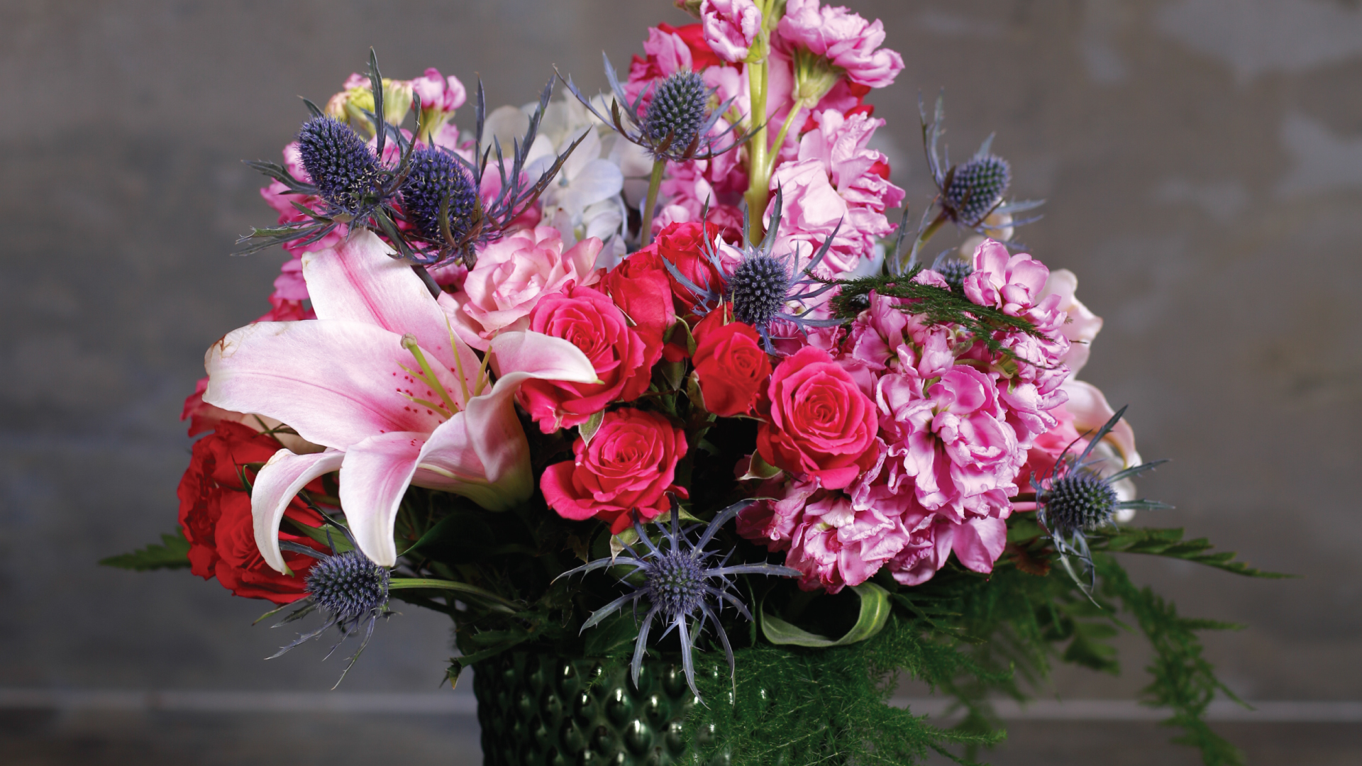 Roiann Ridley   flowers for weddings, special events, personal, sympathy